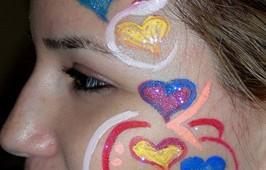 ציור פנים -לבבות