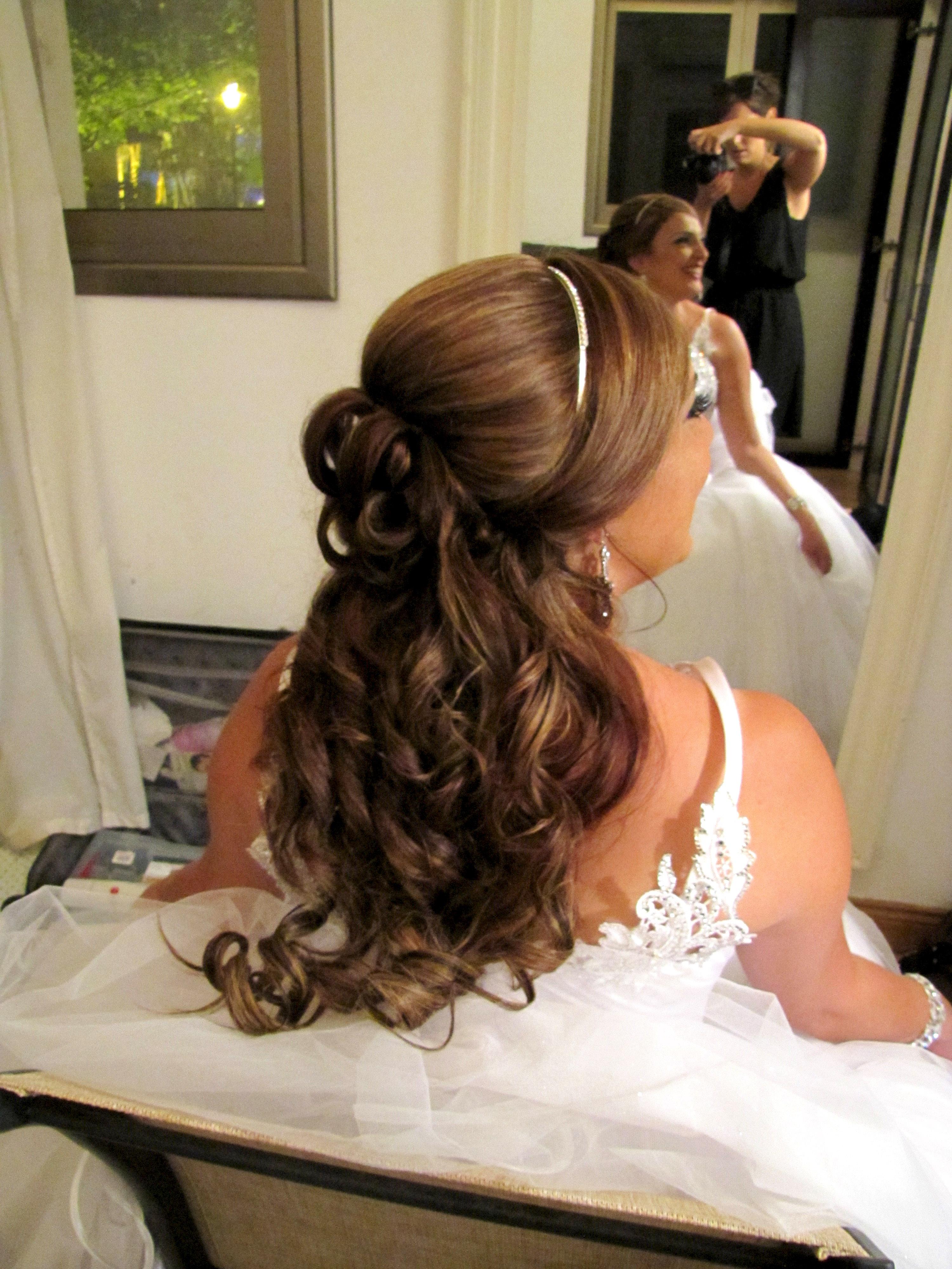 איפור כלות מקצועי ועיצוב שיער לאורלי.